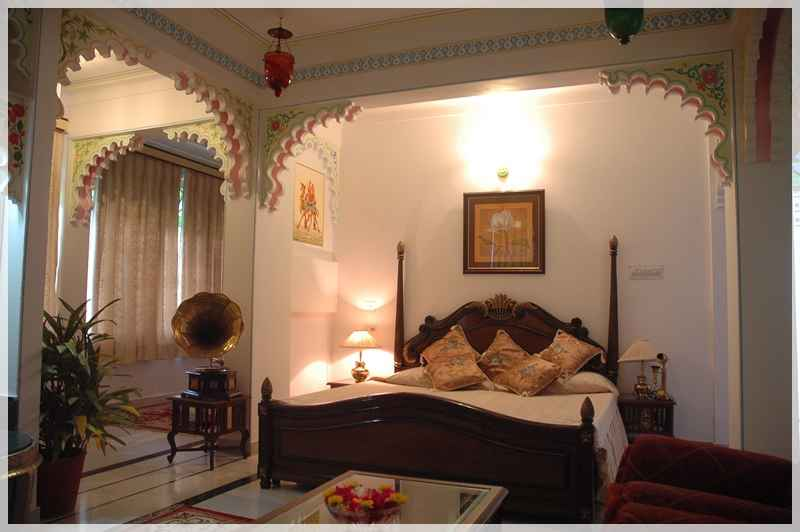 room003_rajpalaceudaipur