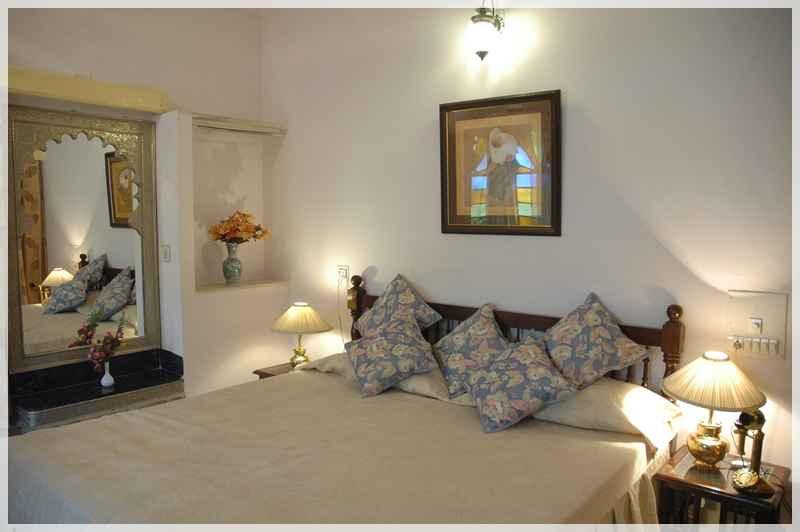 room026_rajpalaceudaipur